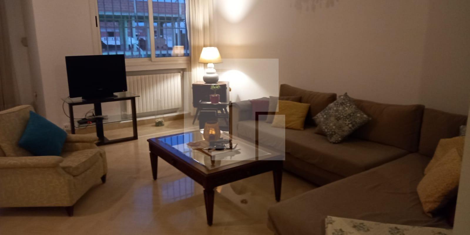 Appartement richement meublé, La Marsa