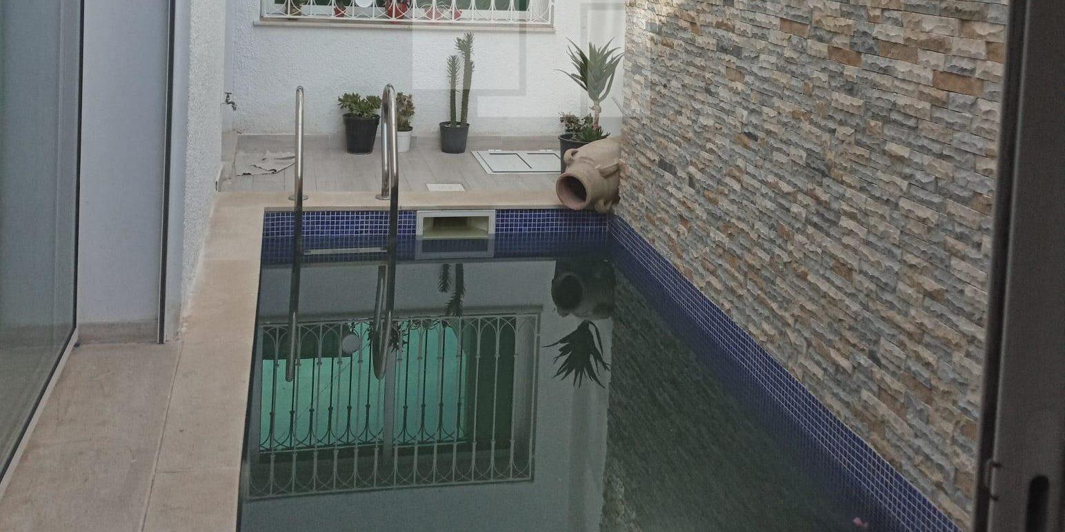 Appartement vide ou meublé avec piscine, La Marsa