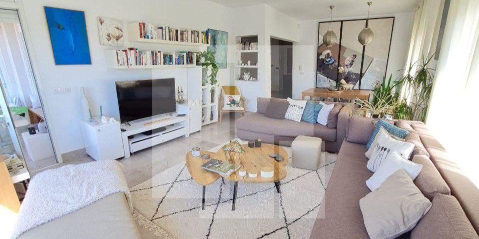 Appartement richement meublé, Carthage Mâalga